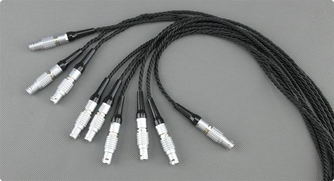 Lemo Stecker mit verzwirbelten Kabel